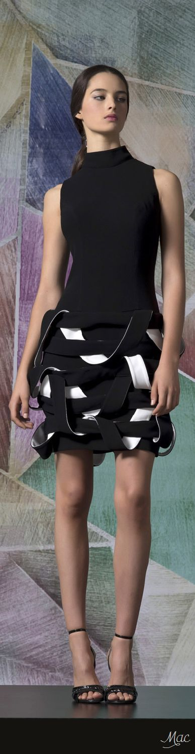 Spring 2017 Ready-to-Wear Isabel Sanchis skirts womens, skirts womens clothing for sale, women's skirts and dresses, women's skirts australia, women's skirts below knee. #ad