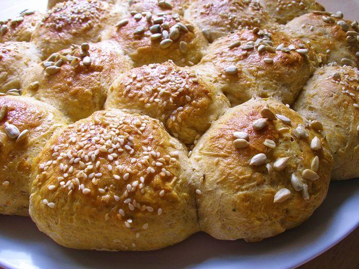 V kuchyni vždy otevřeno ...: Podzimní kuličkový chléb