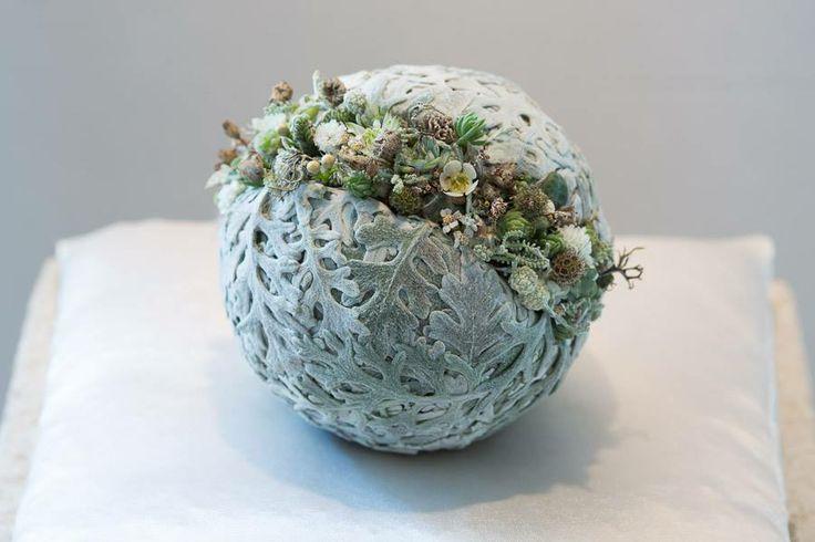 Autumn ball ~ Stefanie Stüttler, Akademie für Naturgestaltung (via Facebook)