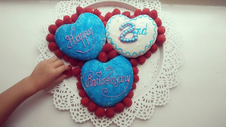 Between one business trip and one early assigment we had a 2nd family anniversary at home  #cake  #homemade  #amateur  #handmade  #rasberry  #chocolate  #chocolatecake  #bluecake  #dessert  #anniversary  #anniversarydinner  #2ndanniversary  #familydate  #datenight  #date  #cooking  #cook  #pastry  #love  #couple  #heart  #heartcake  #food  #foodporn  #yummy  #gateau  #cakeideas  #blue  #patisserie  #blueandred
