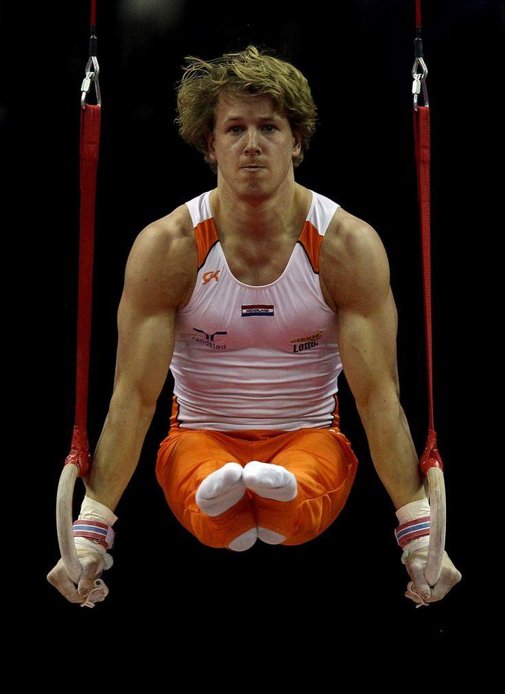 Epke Zonderland Photos: FIG Artistic Gymnastics Olympic Qualification - LOCOG…