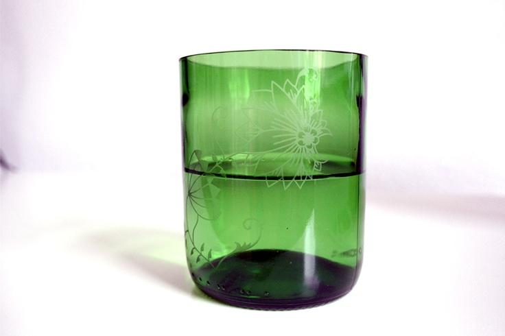 """""""ich-war-eine-weinflasche-glas""""  mit zwiebelmusterschliff von  http://www.qubus.cz/en/"""