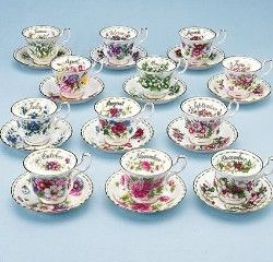 Royal Albert Flower of the Month Series: Snowdrops, Violets, Anemones, Sweet Pea, Lily of the Valley, Roses, Forget-Me-Not, Michaelmas Daisy, Cosmos, Chrysanthemum, Christmas Rose