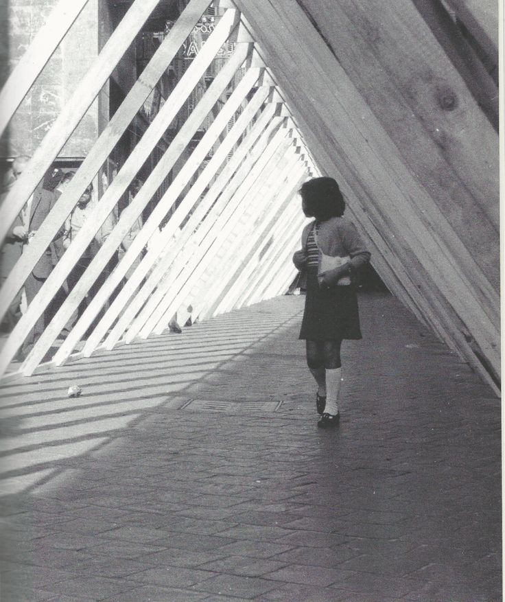 Copro la strada, ne faccio un'altra, 1969 Ugo La Pietra