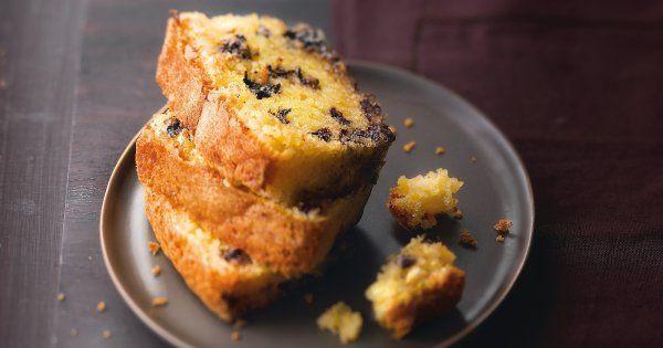 Le dessert breton est très facile à réaliser! Découvrez notre recette inratable du quatre-quart au chocolat maison. Seulement 30 min de cuisson pour ce délicieux gâteau à base de beurre salé et pépites de chocolat: le compagnon idéal du goûter.