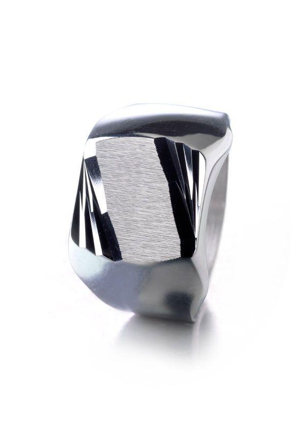 las 25 mejores ideas sobre chevaliere homme argent en pinterest bague en argent homme. Black Bedroom Furniture Sets. Home Design Ideas