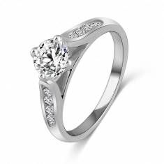 Crystal Zircon Engagement Wedding Ring 18K Platinum Plated