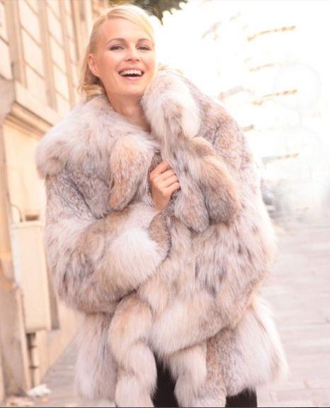1000  images about Luxury Ladies Fur Coats on Pinterest | Coats