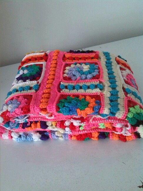 Bobble spiral blanket
