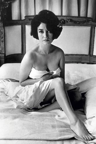 "Terry O'Neill  Bond girl Zena Marshall wrapped in a white bed sheet 007  British actress and Bond girl Zena Marshall wrapped in a white bed sheet, 1964. She appaered in 'Dr. No', 1962.  Limited Edition Silver Gelatin Signed and Numbered  12"" x 16"" / 16"" x 20""  20"" x 24"" / 20"" x 30""  24"" x 34"" / 30"" x 40"" / 40"" x 60"" / 48"" x 72""  For questions or prices please contact us at info@igifa.com"
