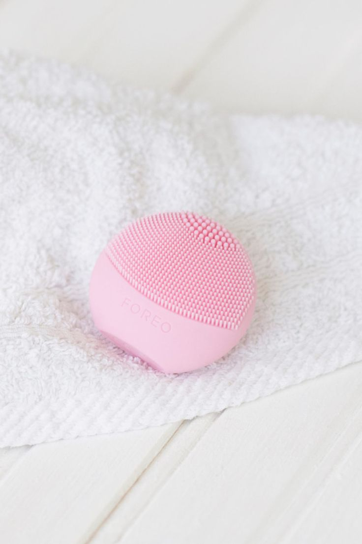 Foreo Luna Play: The Best Cleansing Device? | MadeFromBeauty.co.uk