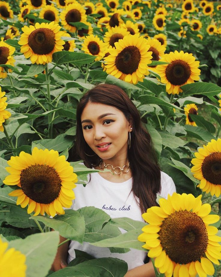 "37.5k Likes, 1 Comments - Nadine L (@nadzlustre) on Instagram: ""Long days under the sun can affect my skin but Im glad the Pond's Online Beauty Advisor helps…"""