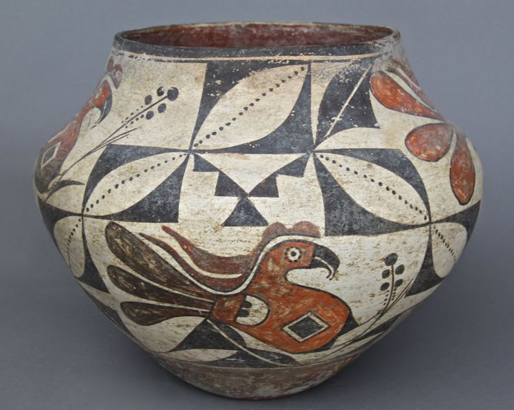 Ancient Native American Indian Southwestern Pottery, Older Museum markings on bottom.(Large) [Height/Length (in)= 9.25, Width (in)=11.5, Depth (in)=N/A, Weight (lbs)=5] With C.O.A. signed by Chief Joe Dan Osceola & Seminole Tribe.