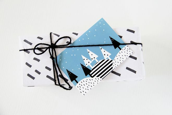 FREE Printable Christmas Cards - Modern, geometric and Scandinavian inspired.  Available in pink, peach and teal