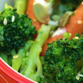 Legume conservate și legume congelate: cum să determini cantitatea corectă de condimente pentru a crea rețete sănătoase.