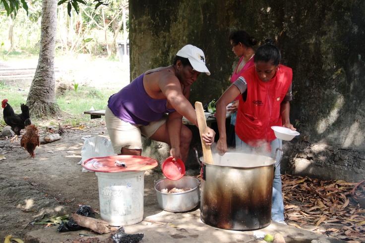 La olla comunitaria en Sadem Guacamaya