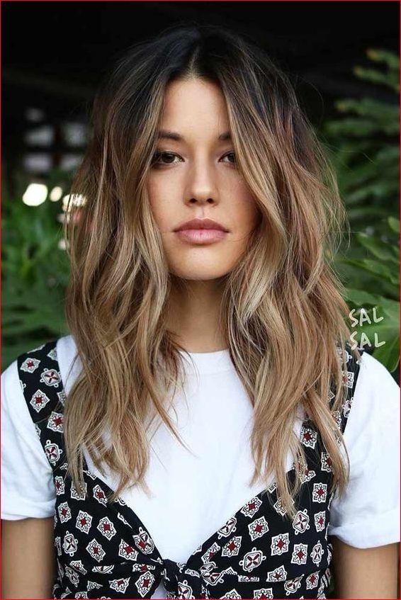 Coiffures d'été 2019 cheveux longs