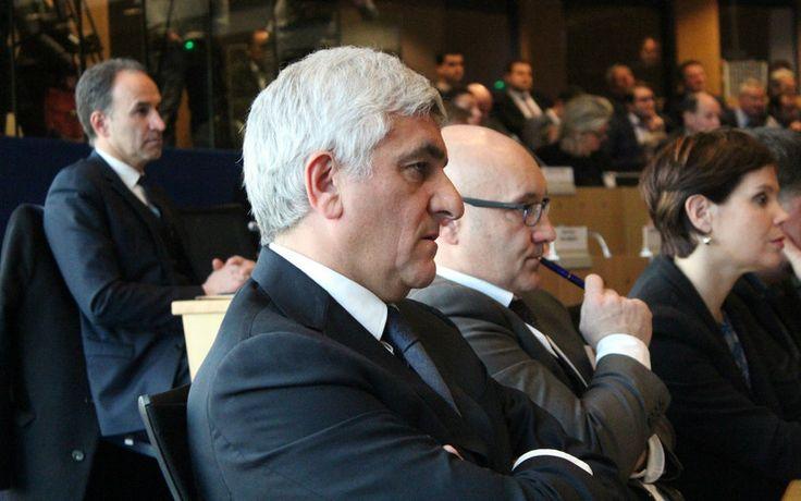 Deux recours ont été déposés contre l'élection d'Hervé Morin et de ses colistiers au Conseil régional de Normandie. Des soupçons se portent sur l'un d'eux. Explications.