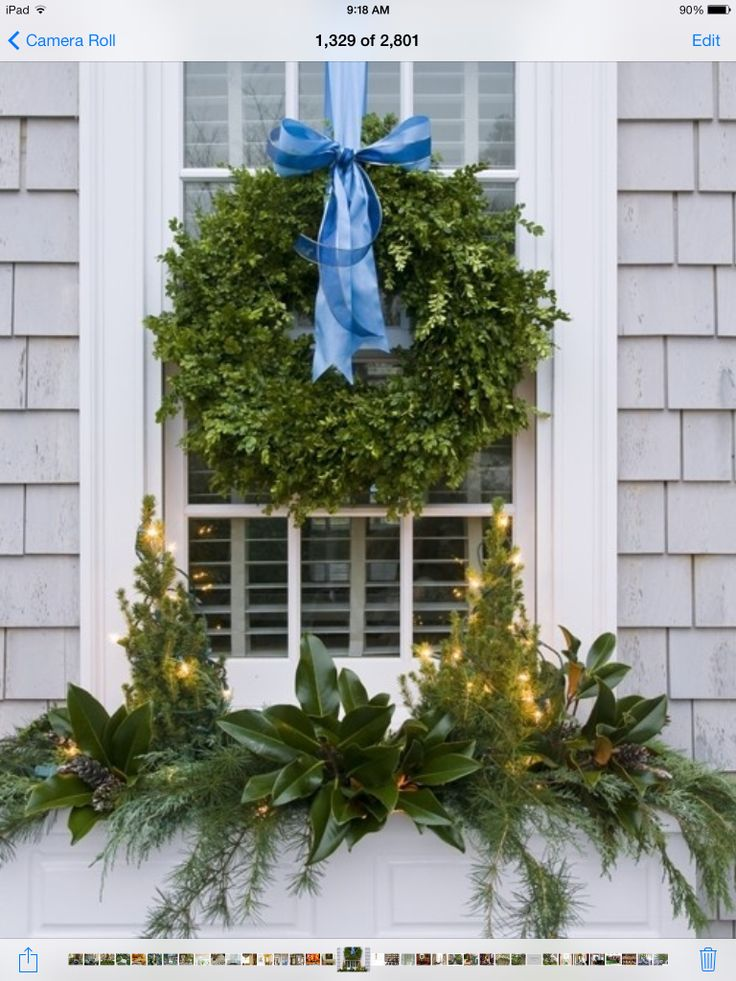 Great idea for window box at Christmas   Merry Christmas ...
