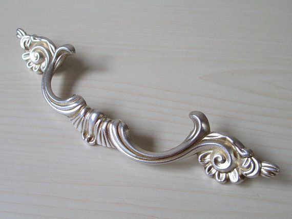 3 4 Drawer Pull Handles S Dresser Pulls Handle Antique Silver Shabby Chic Kitchen Cabinet Lynns Hardware 96 Mm