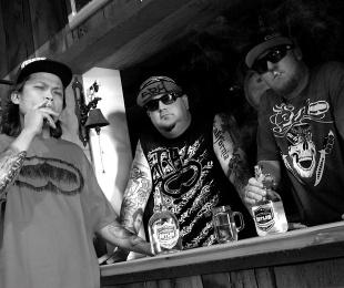 Dj Chopstiqs of the Moonshine Bandits rep'n the #Spade #SRH @moonshinebanit #calicountry