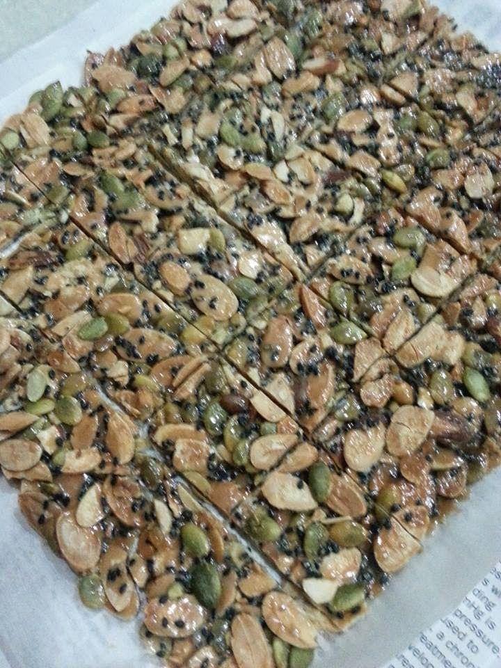 Baking's Corner: florentine cookie - Eileen Heng