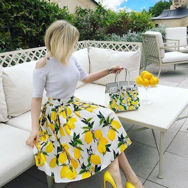 سلام دوستای عزیزم می خوایم با معنی کلمات استایل فشن ترند و آشنا بشیم و تو پستهای سلام دوستای عزیزم می خو Cute Skirt Outfits Colorful Fashion Fashion