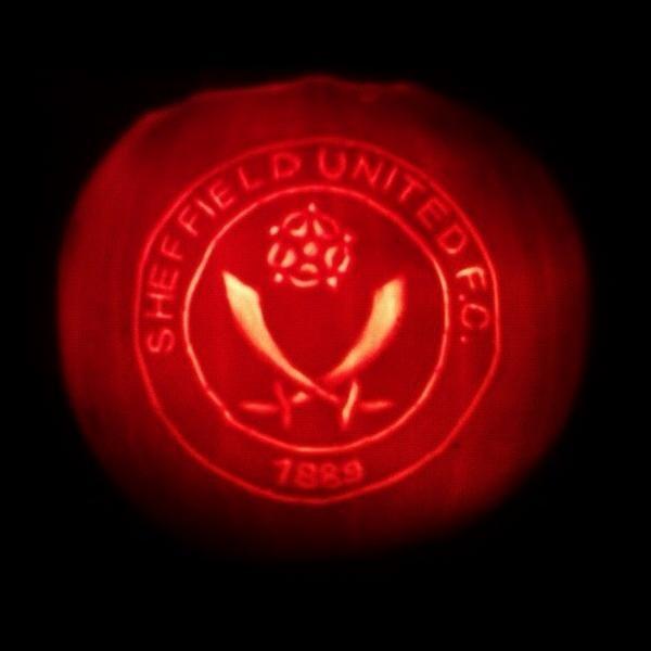 Sheffield Utd halloween pumpkin by @paulcheffy
