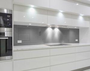 Glas Küchenrückwand, Pflegeleichter Spritzschutz GRAU / DUNKELGRAU