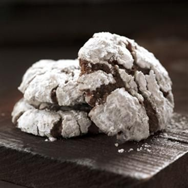 Chocolate Crackled Cookies | Host a Cookie Party