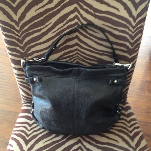 ⬇Reduced Coach leather handbag⬇️⬇️⬇️⬇️ Like new. No paypal. No Trades. ️️️reduced to final price Coach Bags WoW! So beautiful bags 38.5$!