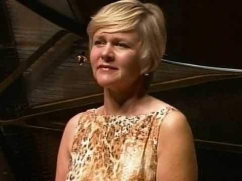 """▶ Barbara Bonney """"Ach, Ich Fühl's"""" Wolfgang Amadeus Mozart - YouTube"""