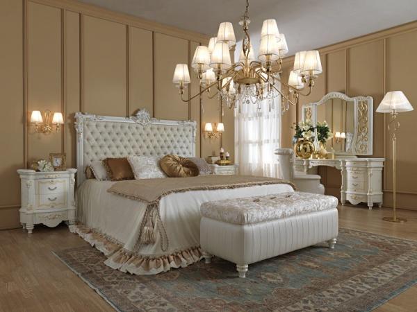 Mobilier pentru dormitoare colectia de lux import Italia.Mobila din lemn de calitate superioara.Disponibil la comanda.