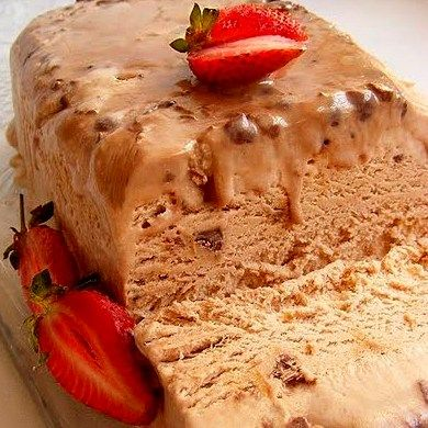 Bar-One and Coffee Ice Cream Bombe, with built-in sauce topping | Scrumptious South Africa