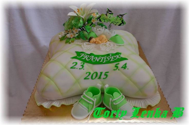 christening cake in green