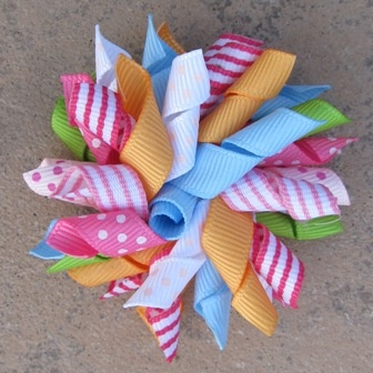 love korker bows... I need to make some with this color combo