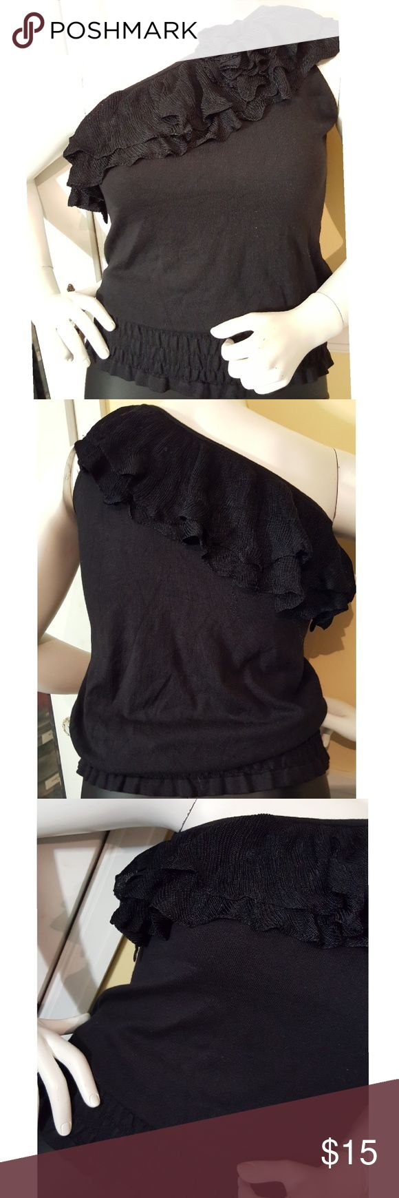 One shoulder ruffled shirt Black one shoulder ruffled shirt. Size Large. NWT. Charlotte Russe Tops