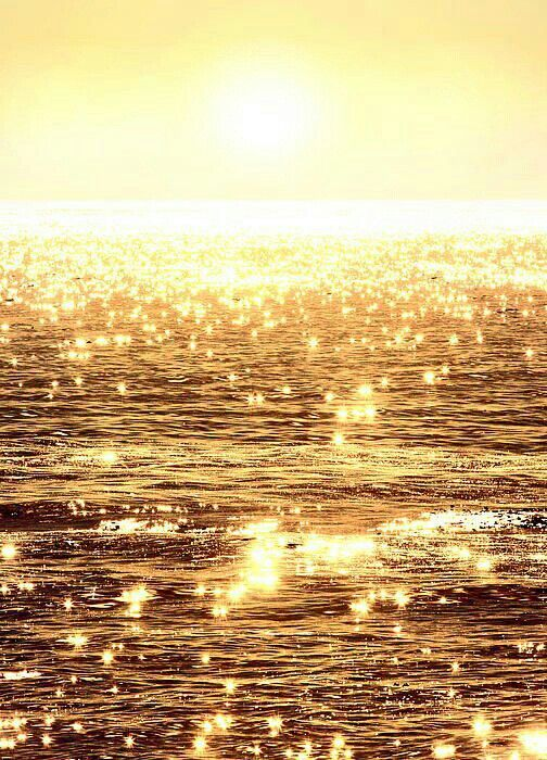 I really love how this looks!!! I just love how the sun reflects on the water!