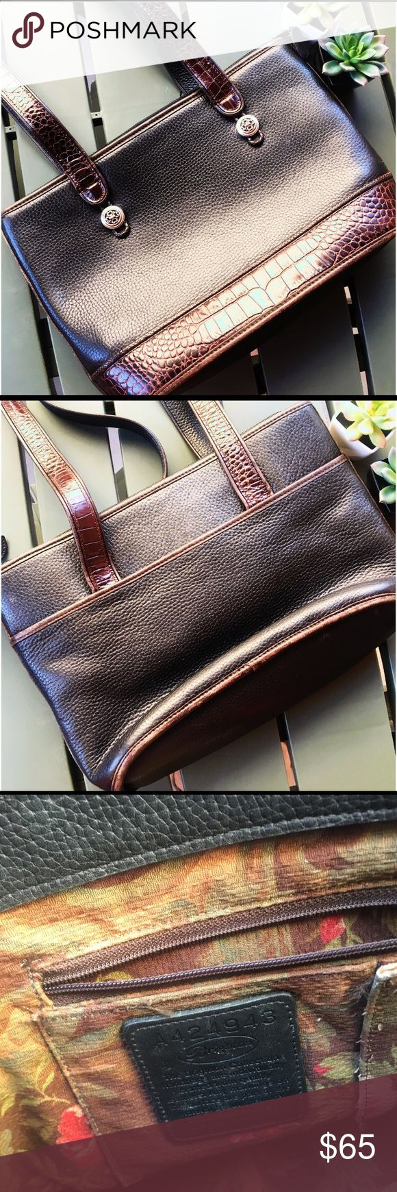 Brighton Pebbled Leather Purse Brighton pebbled leather shoulder bag. The leather is very high quality. The inside compartment has a fabric print, with 2 pockets and the Brighton creed patch. It also has a leather hanging clip to attach your keys. The backside of the purse offers another pocket. The bag is in gently used, good condition. There are a few very light scuffs on the leather that can easily be buffed out, but they aren't noticeable. There's also a tiny red mark on the bottom of…