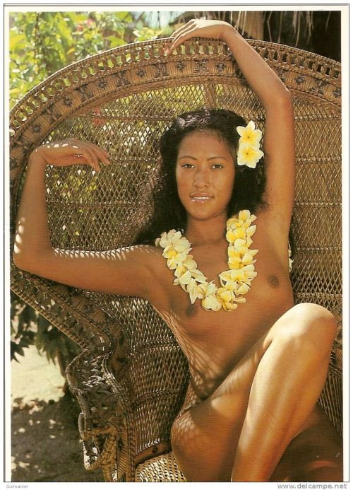 Polynesian Naked Teen Girl