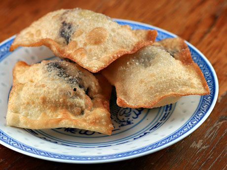 Chocolate-mango-kiwi wontons, from The Perfect Pantry.