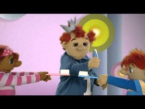 liedje muziek en dans Schooltv Tanden poetsen Liedje over tanden poetsen - YouTube