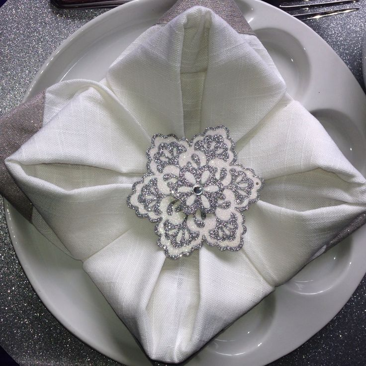 13 curated napkin folding origami ideas by tracy3808 for How to fold napkins into turkeys