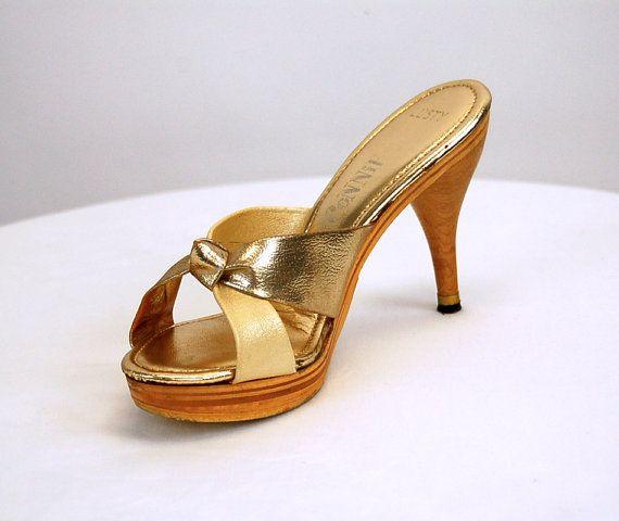 1970s platform shoes platform sandals Connie by vintagerunway, $69.00
