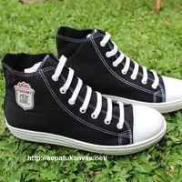 Sepatu Kanvas - Casual Ciarmy Type SKC-02 white black