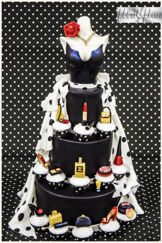 Lady Fashion Cake