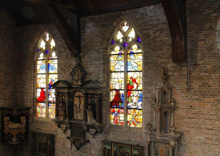 !Witraże w Jeruzalemkerk w Brugii