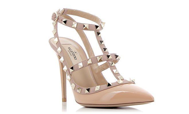 Los #clones de moda atacan de nuevo. Los famosos zapatos de Valentino tienen imitadores a raudales. #erdm #zapatos