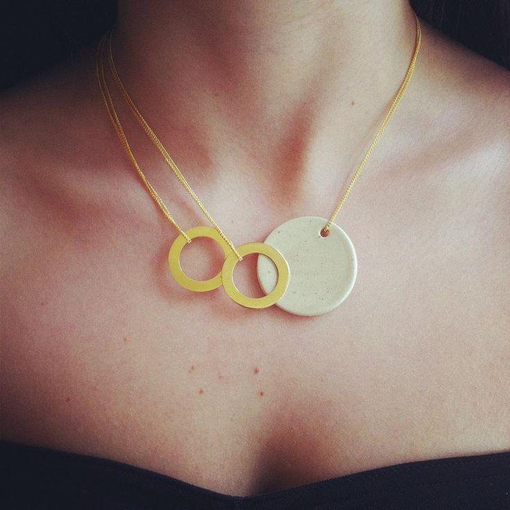 ceramic necklace, jewelry.  beautiful and creative design.