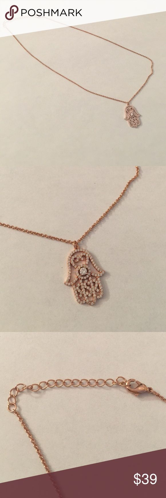 Rosegold and rhinestone Hamsa necklace Beautiful and delicate rose gold like Hamsa necklace adorned with small and detailed rhinestones, super pretty Jewelry Necklaces